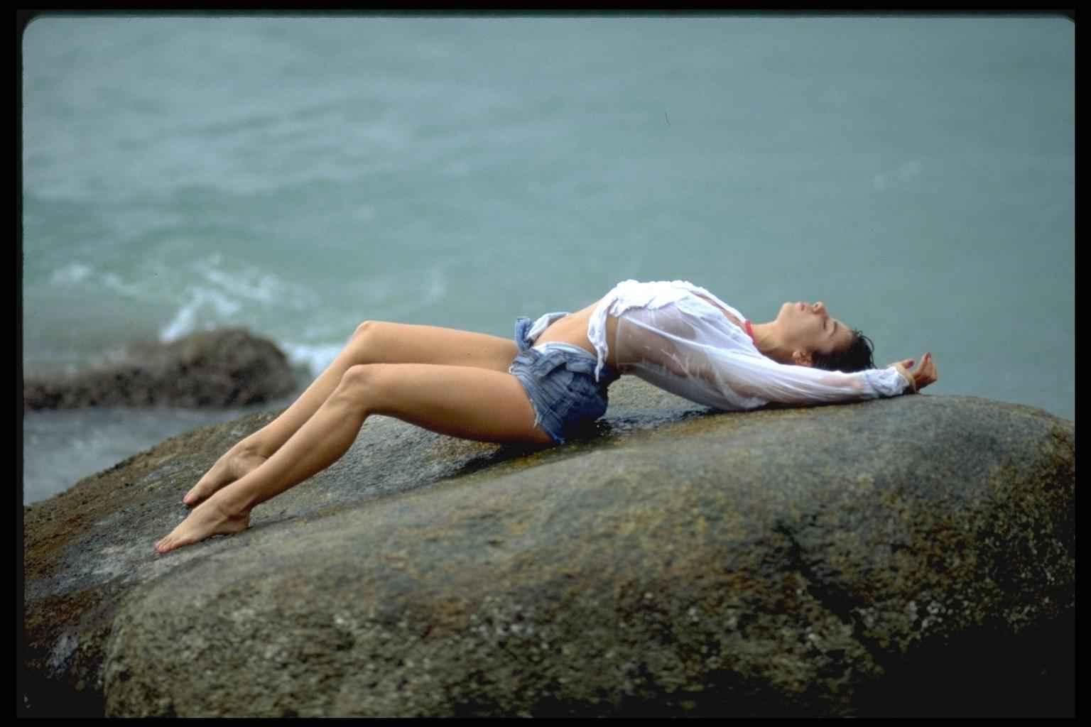Фото голых девочек в шортах 12 фотография